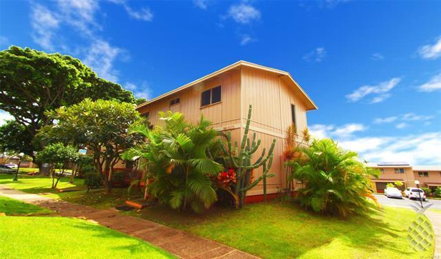 98-1371 Nola Street D, Pearl City, HI 96782 (MLS #201828774) :: Keller Williams Honolulu