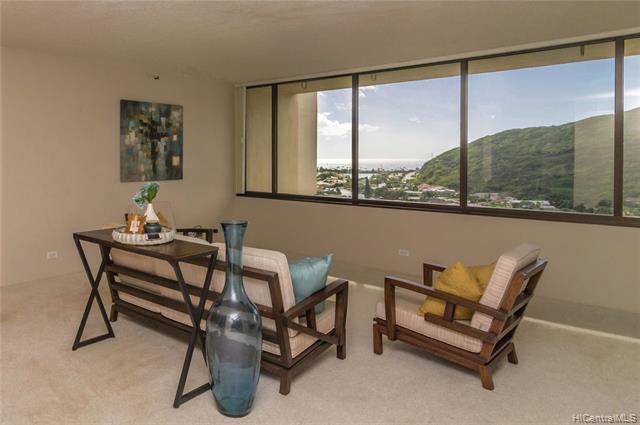 555 Hahaione Street 15G, Honolulu, HI 96825 (MLS #201828963) :: Hawaii Real Estate Properties.com