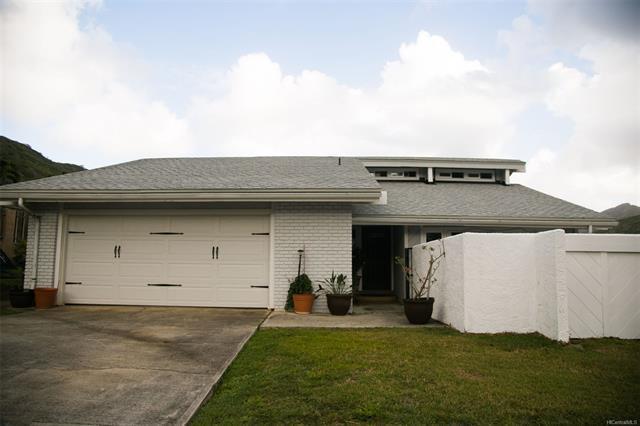 1398 Kaeleku Street, Honolulu, HI 96825 (MLS #201829359) :: Hawaii Real Estate Properties.com