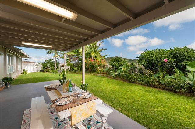 1319 Kina Street, Kailua, HI 96734 (MLS #201829467) :: The Ihara Team