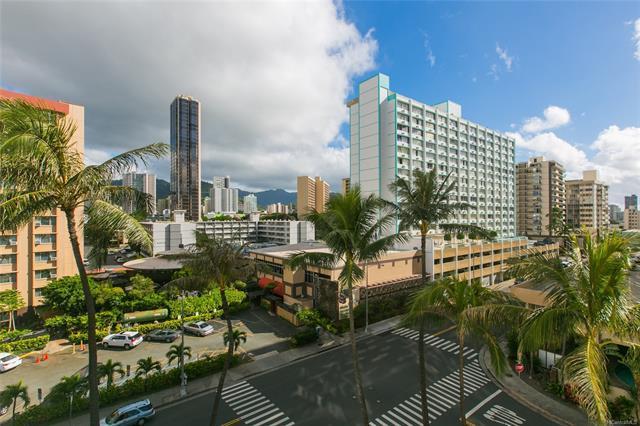 780 Amana Street #501, Honolulu, HI 96814 (MLS #201829989) :: Hawaii Real Estate Properties.com
