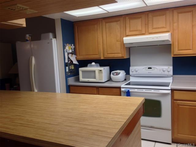 98-1701 Kaahumanu Street B, Aiea, HI 96701 (MLS #201830383) :: Team Lally