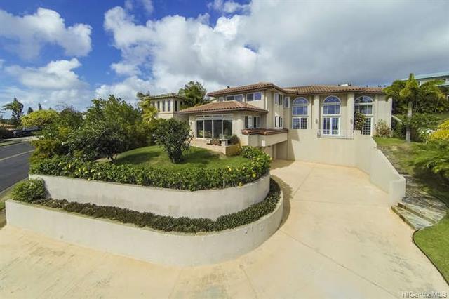 703 Puuikena Drive, Honolulu, HI 96821 (MLS #201831936) :: Hawaii Real Estate Properties.com