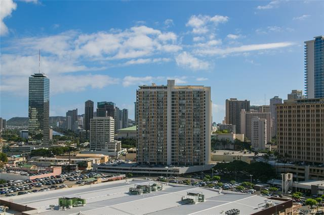 1560 Kanunu Street #1510, Honolulu, HI 96814 (MLS #201900076) :: The Ihara Team