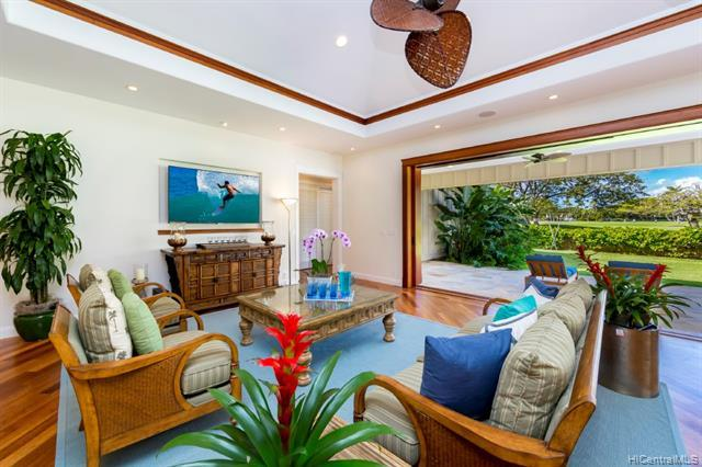 951 Waiholo Street, Honolulu, HI 96821 (MLS #201900544) :: Hawaii Real Estate Properties.com