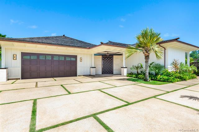 451 Dune Circle, Kailua, HI 96734 (MLS #201900653) :: The Ihara Team