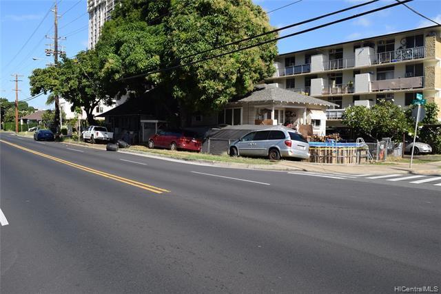 702 Palani Avenue, Honolulu, HI 96816 (MLS #201900961) :: The Ihara Team