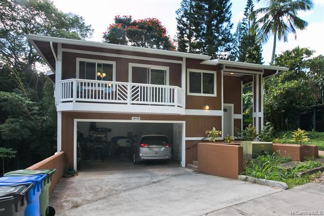 1817 Kalie Place D, Wahiawa, HI 96786 (MLS #201901040) :: Team Lally