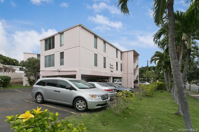 1936 Wilder Avenue #301, Honolulu, HI 96822 (MLS #201903151) :: The Ihara Team