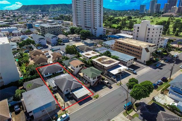 747 Lukepane Avenue, Honolulu, HI 96816 (MLS #201903197) :: The Ihara Team