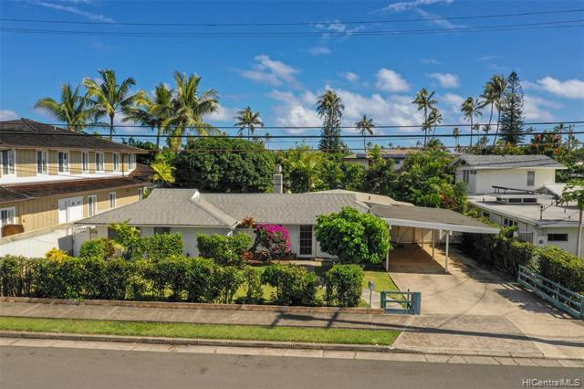 4735 Farmers Road, Honolulu, HI 96816 (MLS #201903625) :: Team Lally