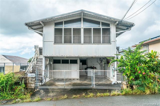 925 Simon Road, Honolulu, HI 96817 (MLS #201904191) :: The Ihara Team