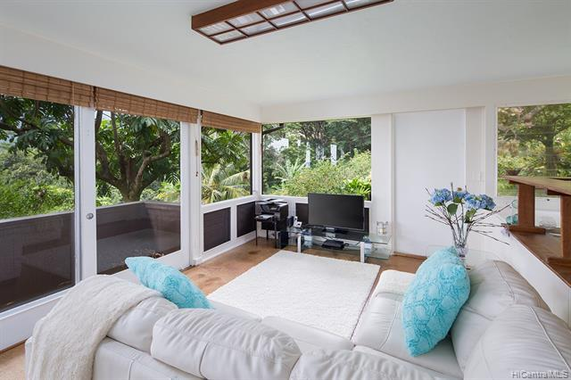 3695 Woodlawn Terrace Place, Honolulu, HI 96822 (MLS #201904237) :: Hardy Homes Hawaii