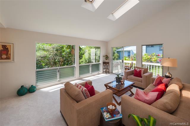 98-2033 Pahiolo Street, Aiea, HI 96701 (MLS #201904261) :: Hardy Homes Hawaii
