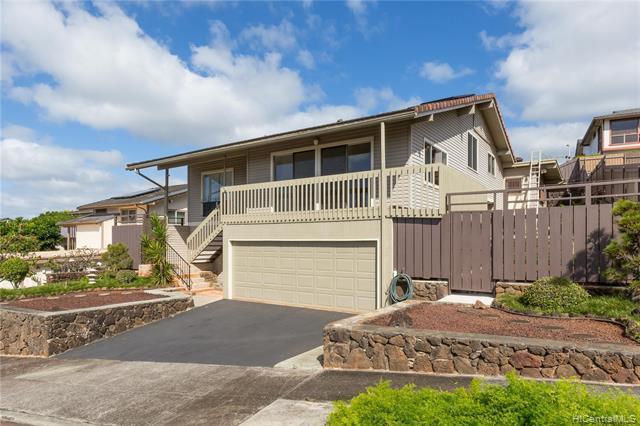 98-1838 Kilika Place, Aiea, HI 96701 (MLS #201904290) :: Hardy Homes Hawaii
