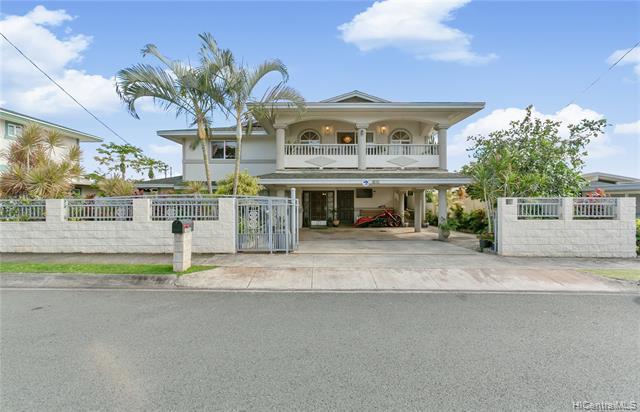 1339 Naulu Place, Honolulu, HI 96818 (MLS #201904404) :: The Ihara Team