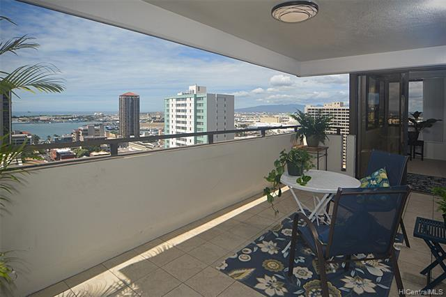 1255 Nuuanu Avenue E2002, Honolulu, HI 96817 (MLS #201904891) :: Keller Williams Honolulu