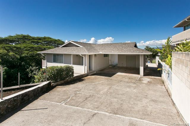 98-2021 Pahiolo Street, Aiea, HI 96701 (MLS #201904926) :: Team Lally