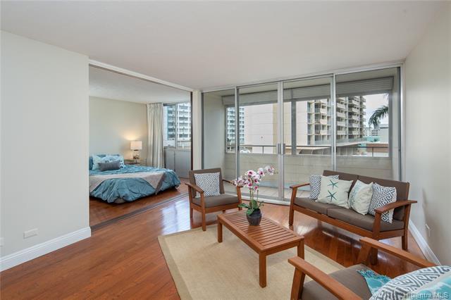 780 Amana Street #406, Honolulu, HI 96814 (MLS #201905729) :: Hawaii Real Estate Properties.com