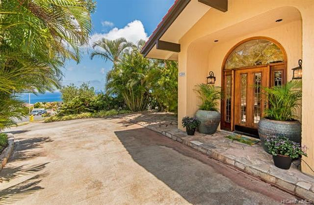 5388 Poola Street, Honolulu, HI 96821 (MLS #201905866) :: Elite Pacific Properties