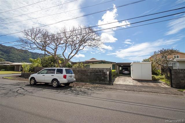 3229 Pawaina Street, Honolulu, HI 96822 (MLS #201905867) :: Elite Pacific Properties