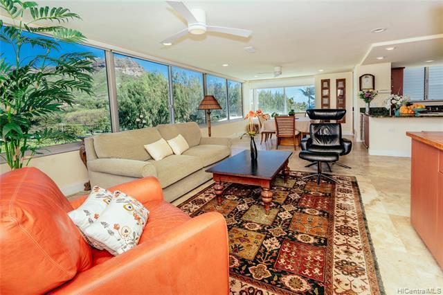 2957 Kalakaua Avenue #607, Honolulu, HI 96815 (MLS #201906983) :: Elite Pacific Properties