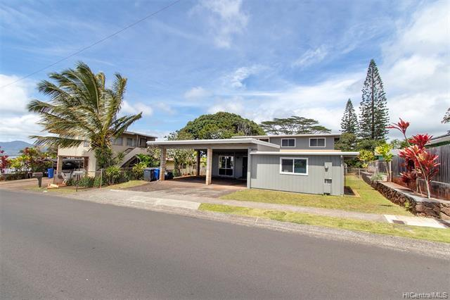 2318 Komo Mai Drive, Pearl City, HI 96782 (MLS #201907031) :: Hardy Homes Hawaii