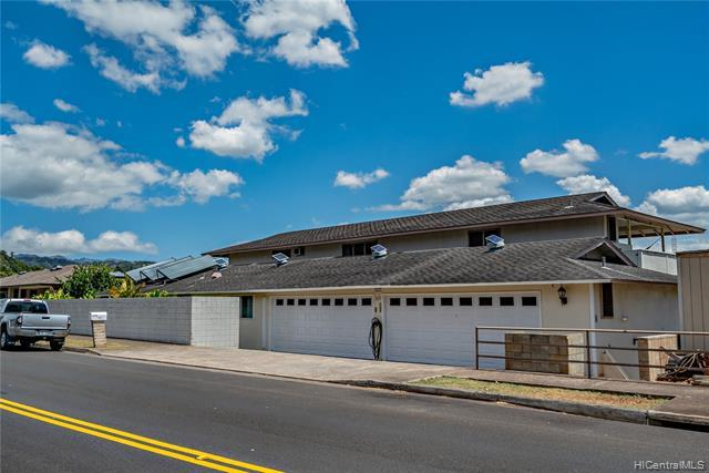 1627 Hoolaulea Street, Pearl City, HI 96782 (MLS #201907272) :: Hardy Homes Hawaii