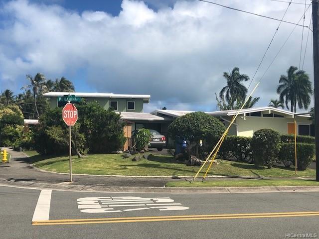 813 Pomahina Place, Kailua, HI 96734 (MLS #201907380) :: The Ihara Team