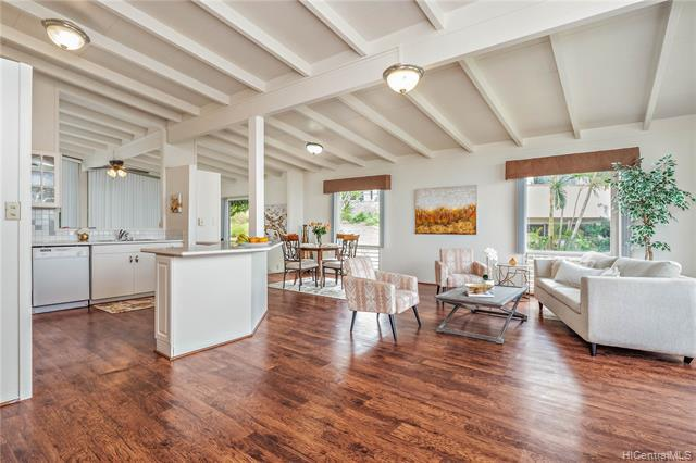 4304 Palahinu Place, Honolulu, HI 96818 (MLS #201907396) :: Keller Williams Honolulu