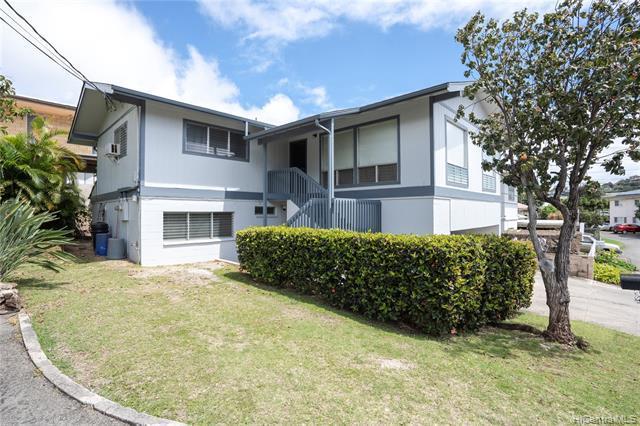3272 Kehau Place, Honolulu, HI 96816 (MLS #201907603) :: Elite Pacific Properties