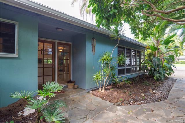 724 Nunu Street, Kailua, HI 96734 (MLS #201908096) :: Hawaii Real Estate Properties.com