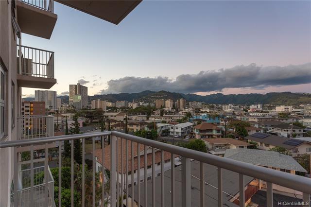 802 Punahou Street #503, Honolulu, HI 96826 (MLS #201908659) :: Hawaii Real Estate Properties.com