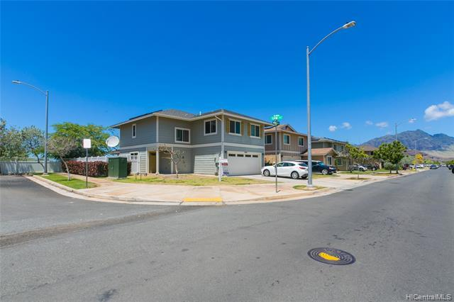 87-1697 Mokila Street, Waianae, HI 96792 (MLS #201908805) :: The Ihara Team