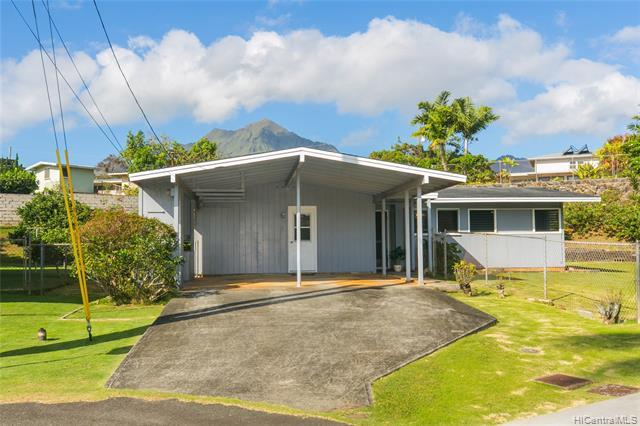 592 Ulumu Street, Kailua, HI 96734 (MLS #201911004) :: Barnes Hawaii