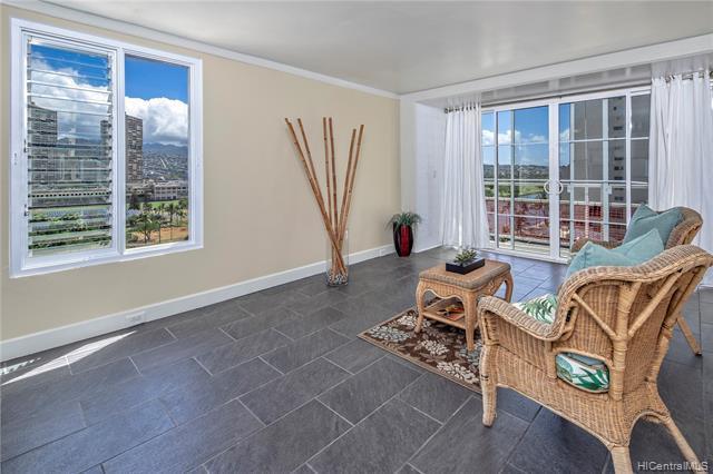 445 Kaiolu Street #911, Honolulu, HI 96815 (MLS #201911209) :: Hardy Homes Hawaii