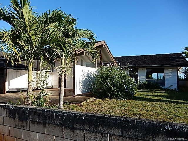 95-662 Hinalii Street, Mililani, HI 96789 (MLS #201911354) :: Team Lally