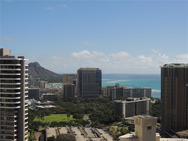 411 Hobron Lane #3907, Honolulu, HI 96815 (MLS #201911370) :: Barnes Hawaii