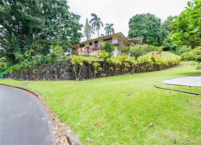 3469 Kahawalu Drive, Honolulu, HI 96817 (MLS #201913400) :: Barnes Hawaii
