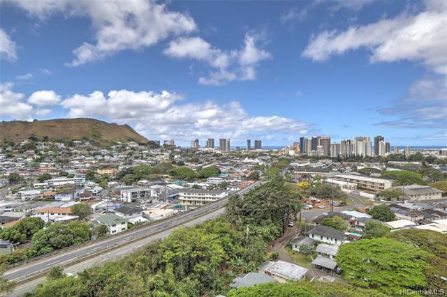 55 S Judd Street #1703, Honolulu, HI 96817 (MLS #201913432) :: The Ihara Team