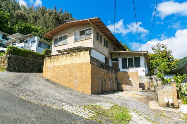 1712 Noe Street, Honolulu, HI 96819 (MLS #201913491) :: The Ihara Team