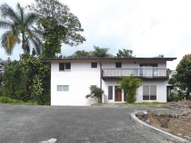2023C Round Top Drive, Honolulu, HI 96822 (MLS #201913722) :: Barnes Hawaii
