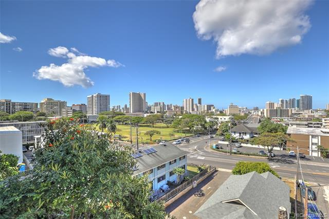 1620 Keeaumoku Street - Photo 1