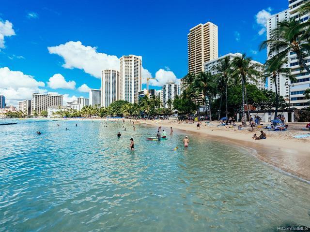 2500 Kalakaua Avenue #305, Honolulu, HI 96815 (MLS #201914073) :: Elite Pacific Properties