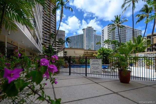 1720 Ala Moana Boulevard A 308, Honolulu, HI 96815 (MLS #201914213) :: The Ihara Team