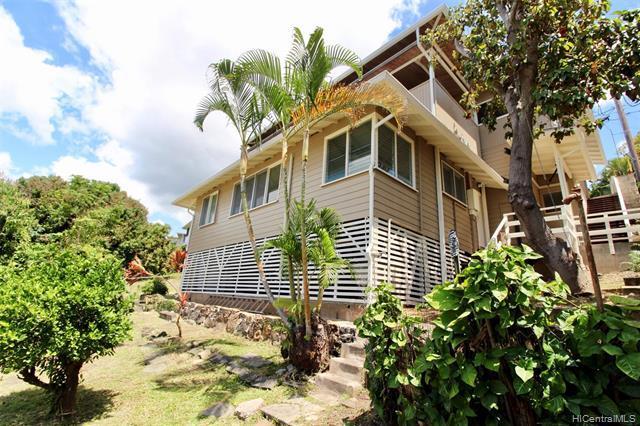 1732 Skyline Drive, Honolulu, HI 96817 (MLS #201914308) :: Team Lally