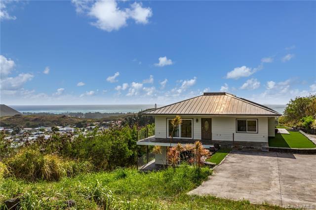 1314 Noninui Place, Kailua, HI 96734 (MLS #201914539) :: Team Lally