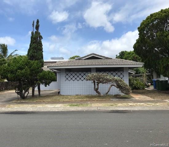 228 Hanamaulu Street, Honolulu, HI 96825 (MLS #201914905) :: The Ihara Team