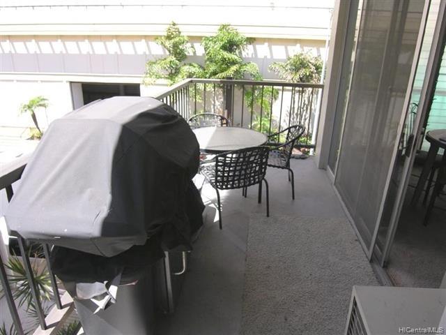 2412 Koa Avenue - Photo 1