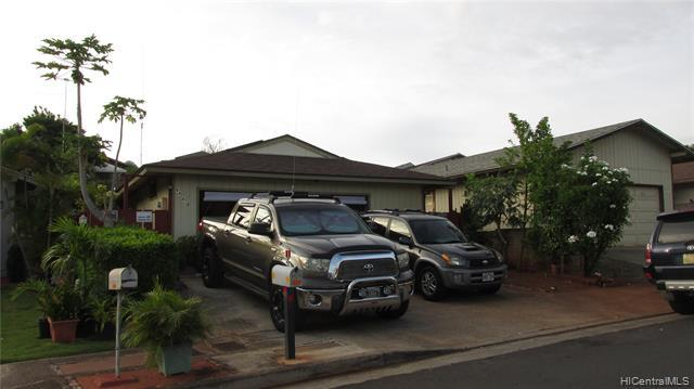 94-479 Kuahui Street, Waipahu, HI 96797 (MLS #201915567) :: The Ihara Team